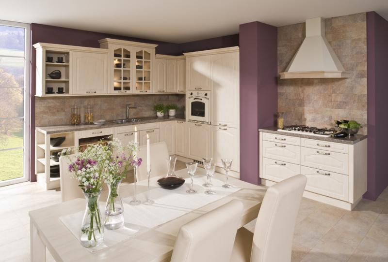 Bílá kuchyně provence