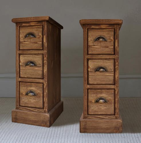 Noční stolky z kolekce Rustyk
