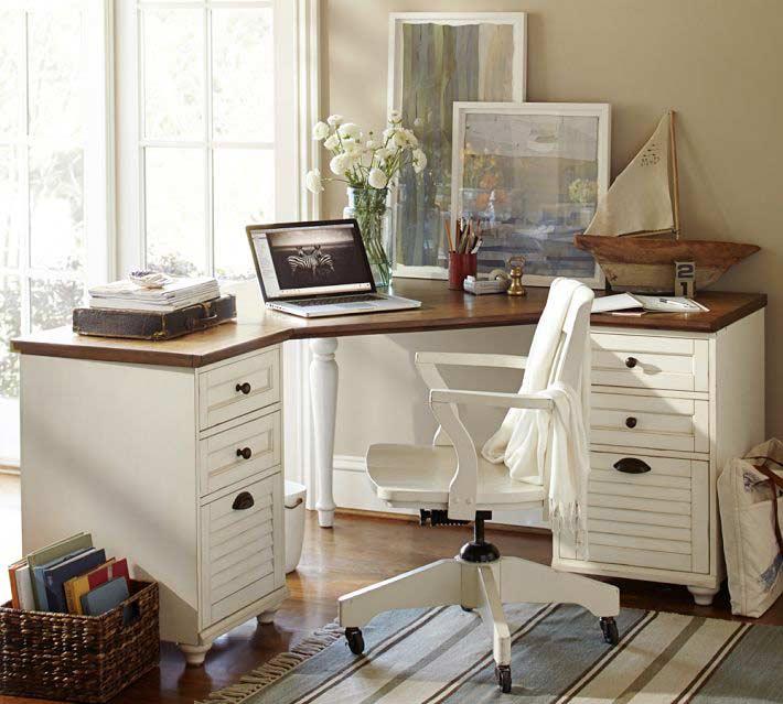 Tipy jak za dit dom c pracovnu v provence a vintage stylu magaz n o bydlen ve stylu for Bedroom set with matching desk